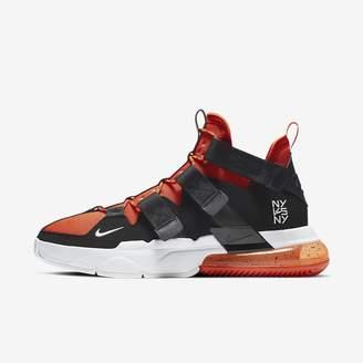 Nike Men's Shoe Edge 270