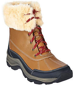 Clarks Leather Water Resistant Lace-up Boots -Mazlyn Arctic
