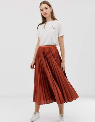 Asos Design DESIGN pleated midi skirt in satin