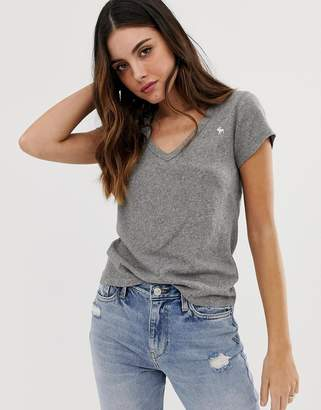 Abercrombie & Fitch deep v neck t-shirt