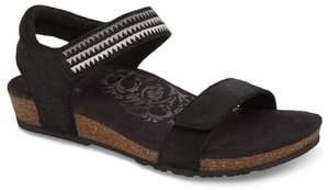 Aetrex Capri Wedge Sandal