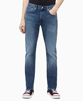 Calvin Klein Jeans Men's CKJ 056 Athletic Taper Fit
