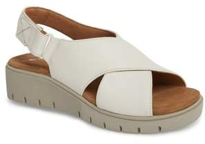 Clarks R Unstructured by Karely Sandal
