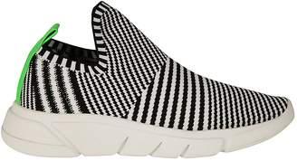 KENDALL + KYLIE Kendall+kylie Striped Pattern Slip-on Sneakers