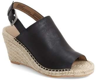 Caslon R R) Sutton Slingback Sandal (Women)