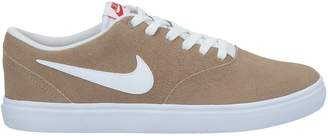 Nike SB COLLECTION Low-tops & sneakers - Item 11626990VO