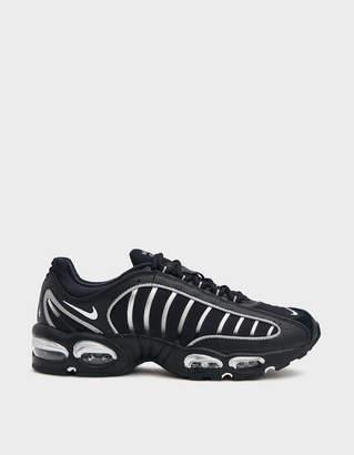 Nike Tailwind IV Sneaker in Black