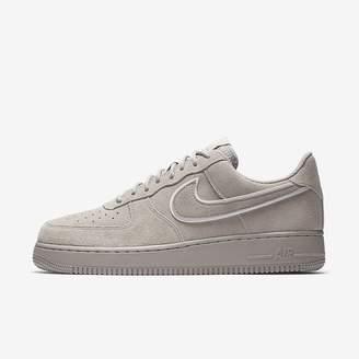 Nike Force 1 07 LV8 Suede Men's Shoe