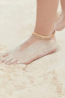 Urban Outfitters Chain Anklet Set $18 thestylecure.com