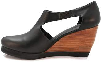 Inca Fortress Of Black Leather Wedge