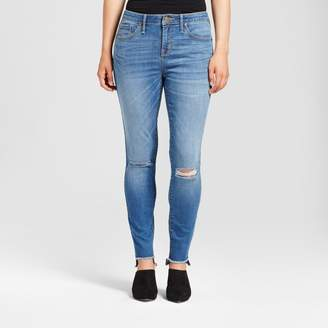 Mossimo Women's Jeans Curvy Skinny Knee Slits Uneven Raw Hem - Mossimo Light Wash $29.99 thestylecure.com