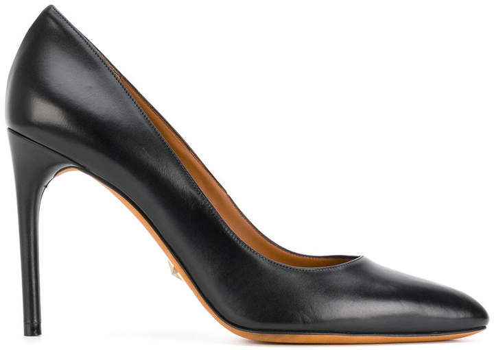Givenchy classic pointed pumps
