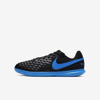 Nike Little/Big Kids Indoor/Court Soccer Shoe Jr. Tiempo Legend 8 Club IC
