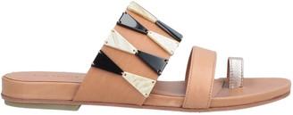 Vic Matié Toe strap sandals