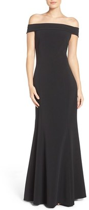 Women's Laundry By Shelli Segal Stretch Crepe Fit & Flare Gown $345 thestylecure.com