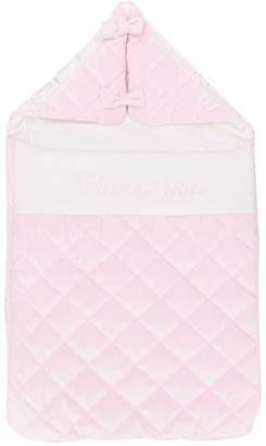 MonnaLisa quilted baby nest