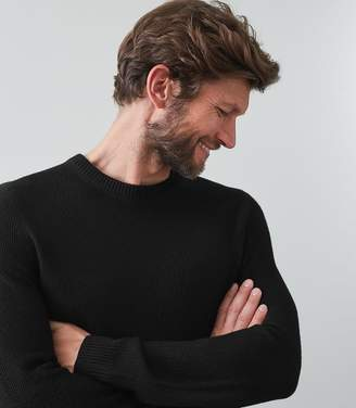Reiss Our last order date for Christmas has now passed HUMBLETON TEXTURED CREW NECK JUMPER Black