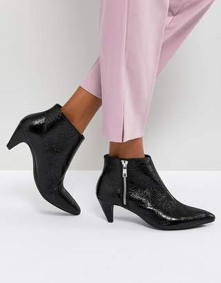 Pull&Bear Textured Leather Look Kitten Heel Boot