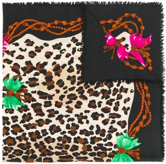 Christian Dior Pre-Owned leopard print scarf