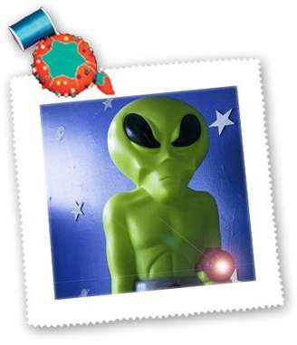 3dRose qs_92635_10 Danita Delimont - New Mexico - Green alien with ray, Roswell, New Mexico - US32 JMR0111 - Julien McRoberts - Quilt Squares