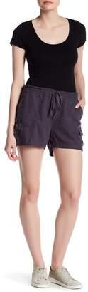 SUSINA Drawstring Utility Linen Blend Shorts $19.97 thestylecure.com
