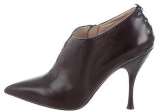 Marc Jacobs Leather Pointed-Toe Booties
