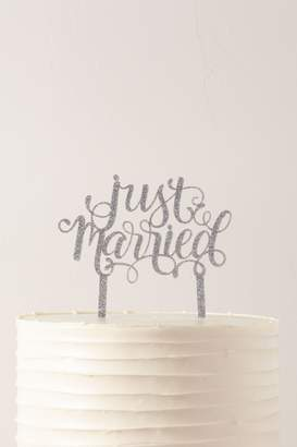 Alexis Mattox Just Married Glitter Cake Topper