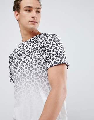 New Look t-shirt with leopard fade print in white