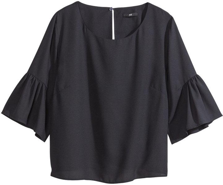 H&M - Ruffle Blouse - Black - Ladies