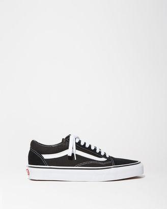 Vans Old Skool Sneakers $60 thestylecure.com