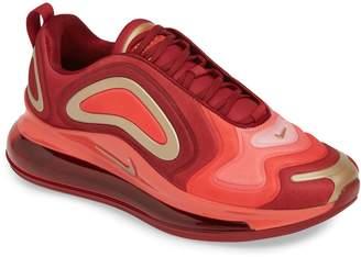 Nike 720 Sneaker