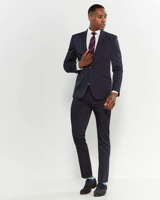 Kenneth Cole Reaction Two-Piece Skinny Fit Suit
