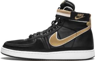 5b3d4e50e793 Nike Vandal High Supreme QS Black Metallic Gold