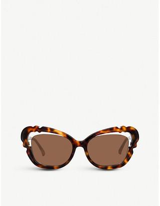 4055203b66 Linda Farrow LFL824 oversized cat eye-frame sunglasses