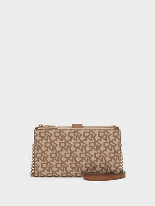 DKNY Bryant Town & Country Crossbody Wallet