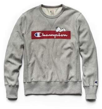 Todd Snyder + Champion Champion X Peanuts Chilling Snoopy Sweatshirt in Light Grey Mix
