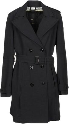 Dek'her Coats