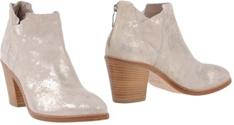 Janet & Janet Ankle boots - Item 11397389