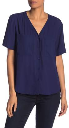 1 STATE 1.State V-Neck Short Sleeve Button Front Blouse