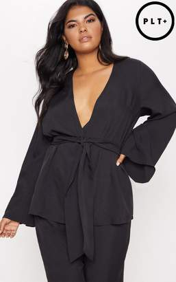 PrettyLittleThing Plus Black Woven Belt Detail Blazer