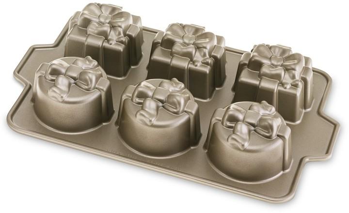 Nordicware Gift Cakelet Pan