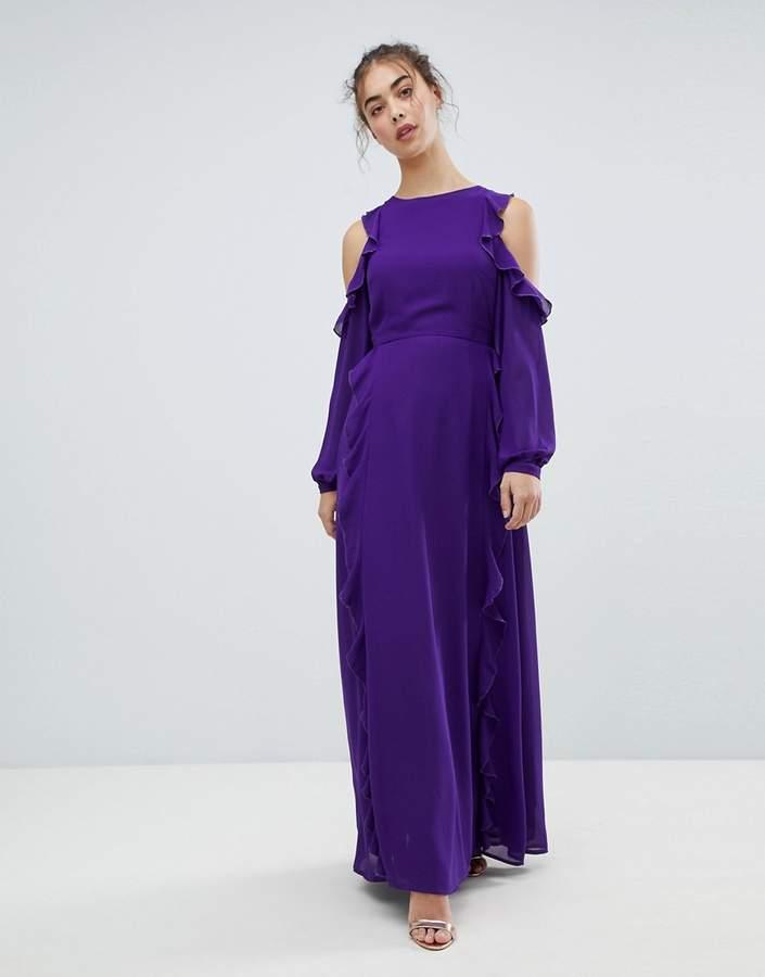 – Schulterfreies Kleid mit Rüschen