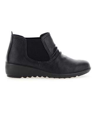 Bourne Cushion Walk Chelsea Boots E Fit