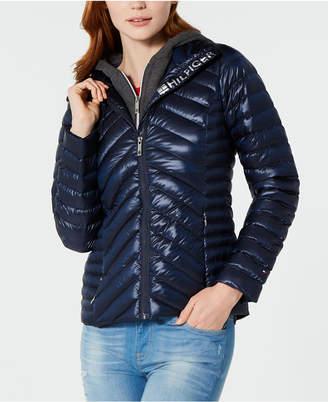 Tommy Hilfiger Puffer Jacket with a Fleece Hood