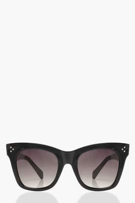 boohoo Oversized Black Frame Sunglasses