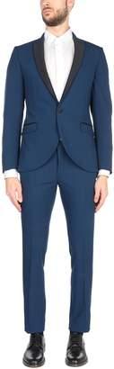 Co HAVANA & Suits