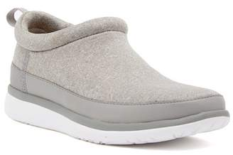 UGG Riviera Slip-On Sneaker