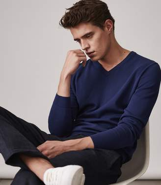Reiss VERNON V NECK JUMPER Cobalt