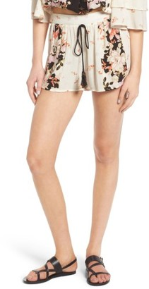 Women's Band Of Gypsies Floral Print Shorts $48 thestylecure.com
