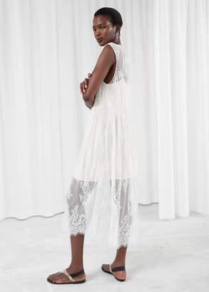 Plungling Oversized Lace Dress